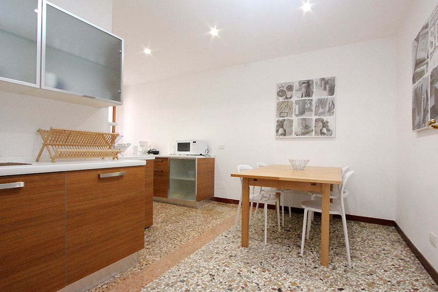Apartment san giovanni e paolo castello venice for Large apartment in san paolo