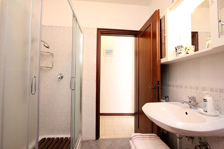 Photo 8 of 11 - San Vio, Bathroom