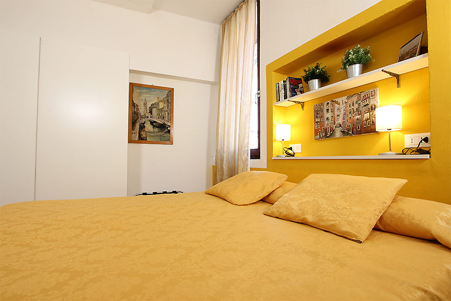 Photo 11 of 15 - Ormesini, Double Bedroom