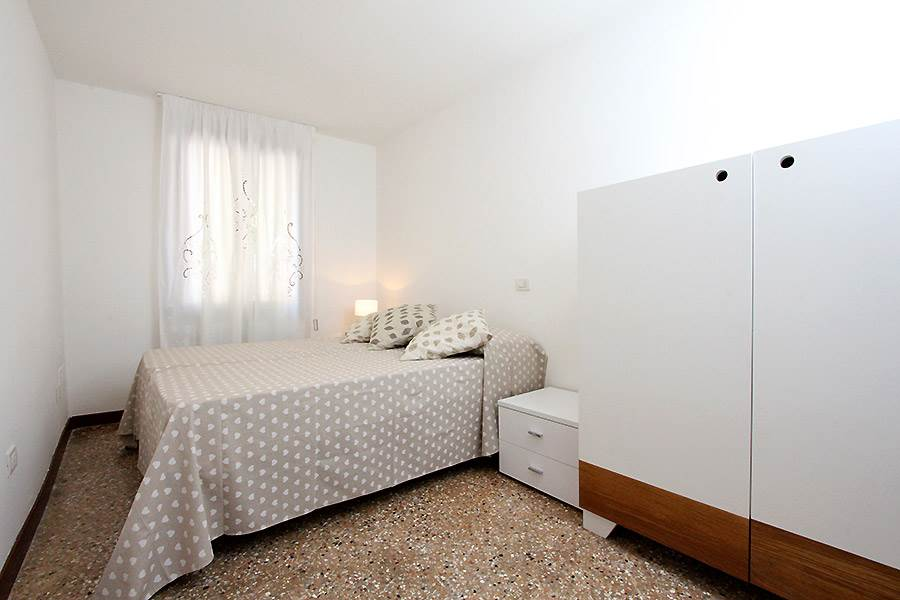 Photo 11 of 13 - San Giovanni e Paolo, Bedroom