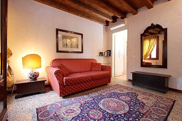 Photo 6 of 15 - Accademia, Living Room