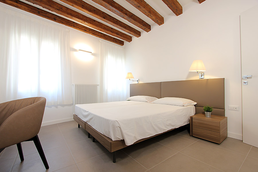 Photo 6 of 14 - Canaletto (R2A), Double Bedroom