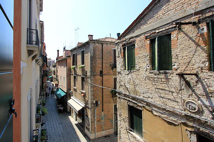 Photo 4 of 14 - Canaletto (R2A), View