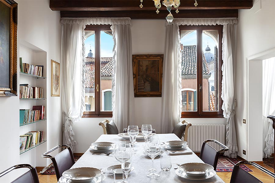 Photo 6 of 16 - San Provolo, Dining Room