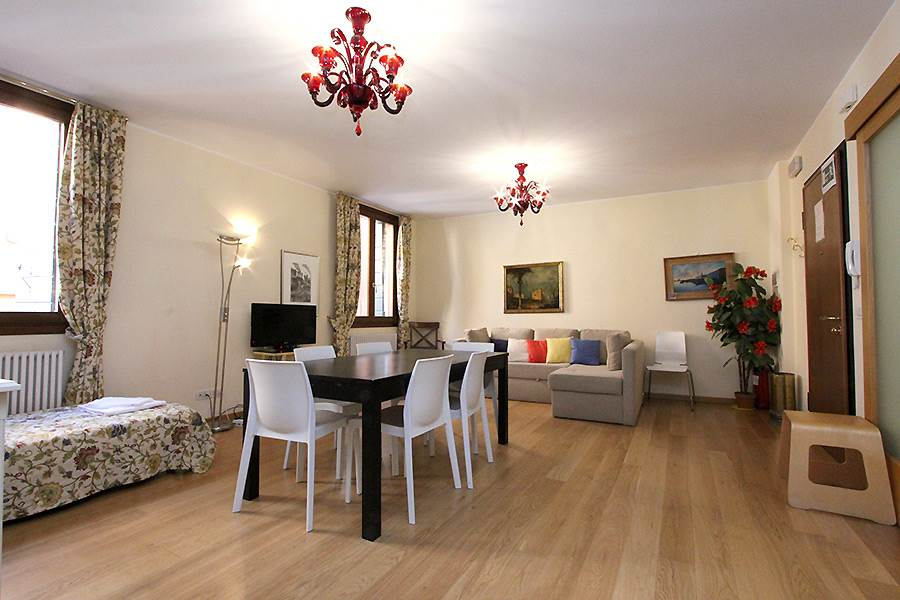 Apartment in Venice San Marco Guardi