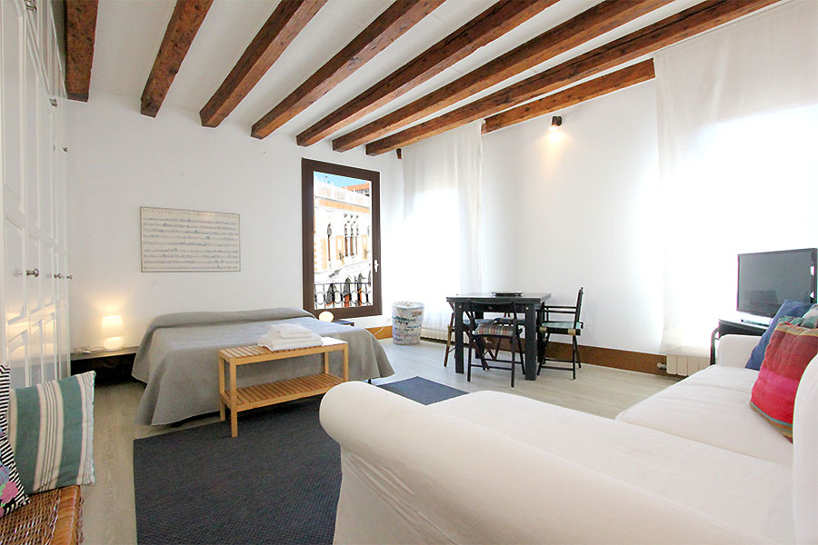Photo 7 of 12 - Bellini, Double Bedroom