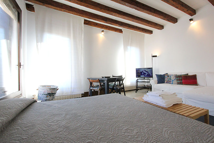 Photo 8 of 12 - Bellini, Double Bedroom