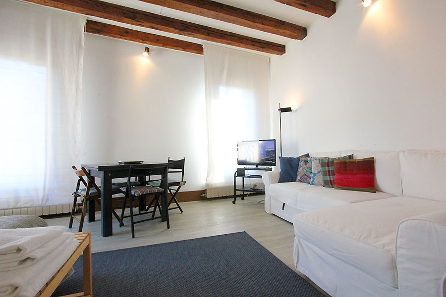 Photo 9 of 12 - Bellini, Double Bedroom